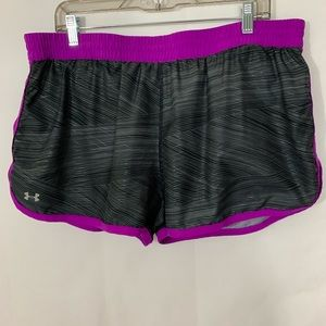 Under Armour Women's Semi-Fitted Shorts Size XL